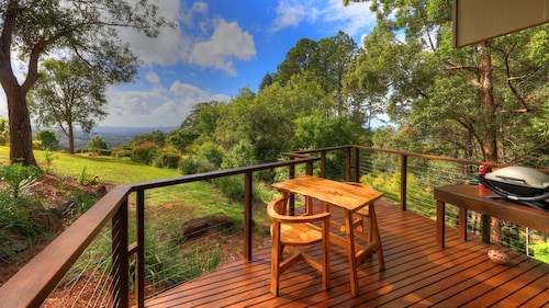 Montville Oceanview Cottages