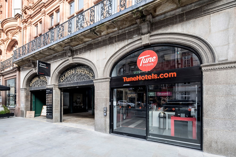 Tune Hotel Liverpool Street Total Rooms