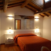 Venice City Center Luxury Hotels: $122 Upscale Hotels in