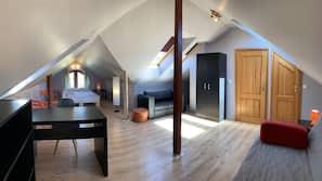 5 sovrum, sängtillbehör av högsta kvalitet och skrivbord