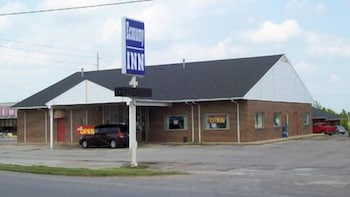 Front of Property, Economy Inn
