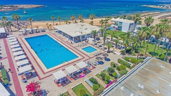 Dome Beach Hotel and Resort