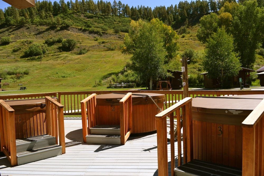 Property Amenity, High Country Lodge & Cabins