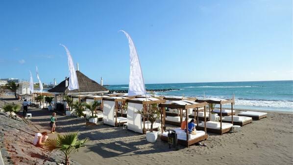 Tæt på stranden, massage på stranden