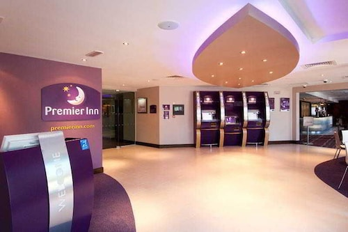 Premier Inn Gatwick Manor Royal