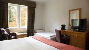 特色装修、特色家居、书桌、熨斗/熨衣板