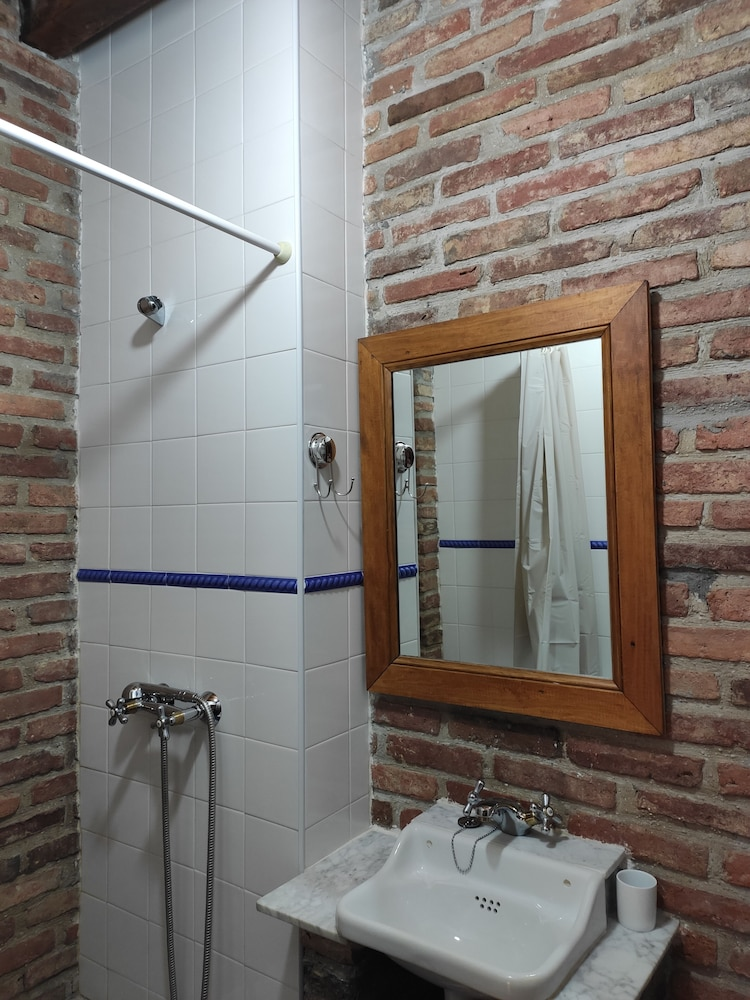 Bathroom, Apartamentos Rurales La Caviana