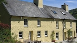 Ty Mawr Country Hotel - Carmarthen Hotels