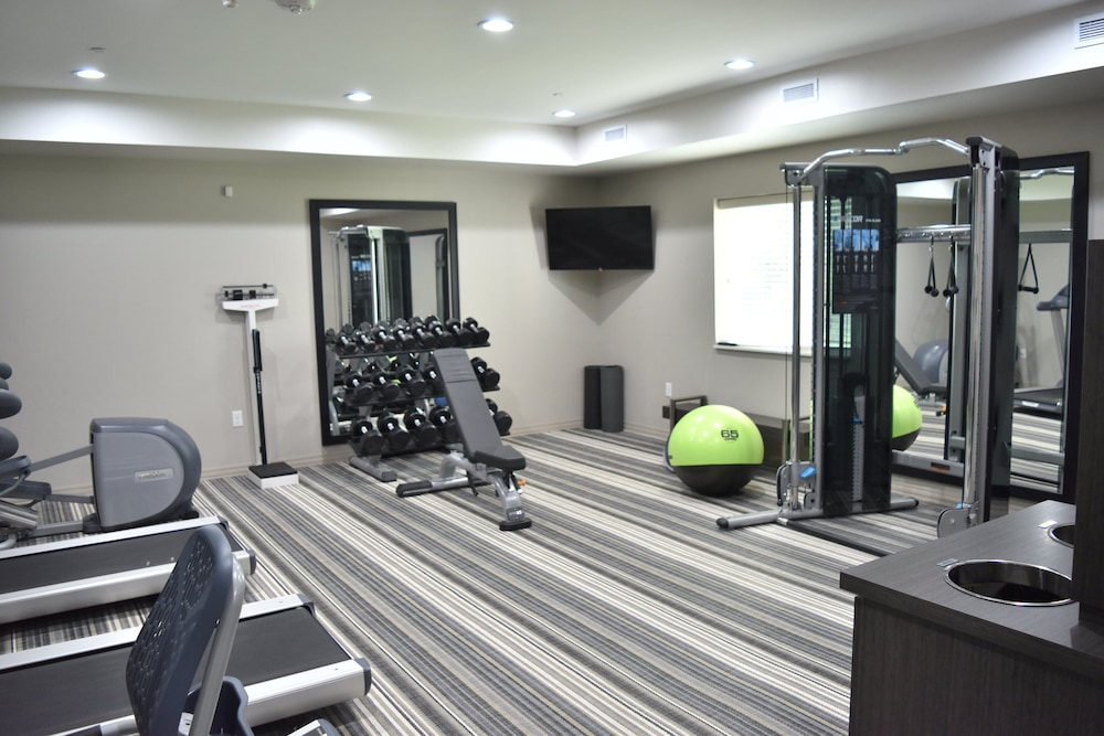 Fitness Facility, Candlewood Suites Kansas City - Independence, an IHG Hotel