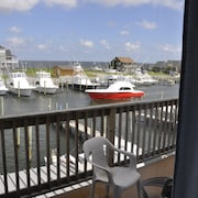 Hatteras Harbor Marina and Motel
