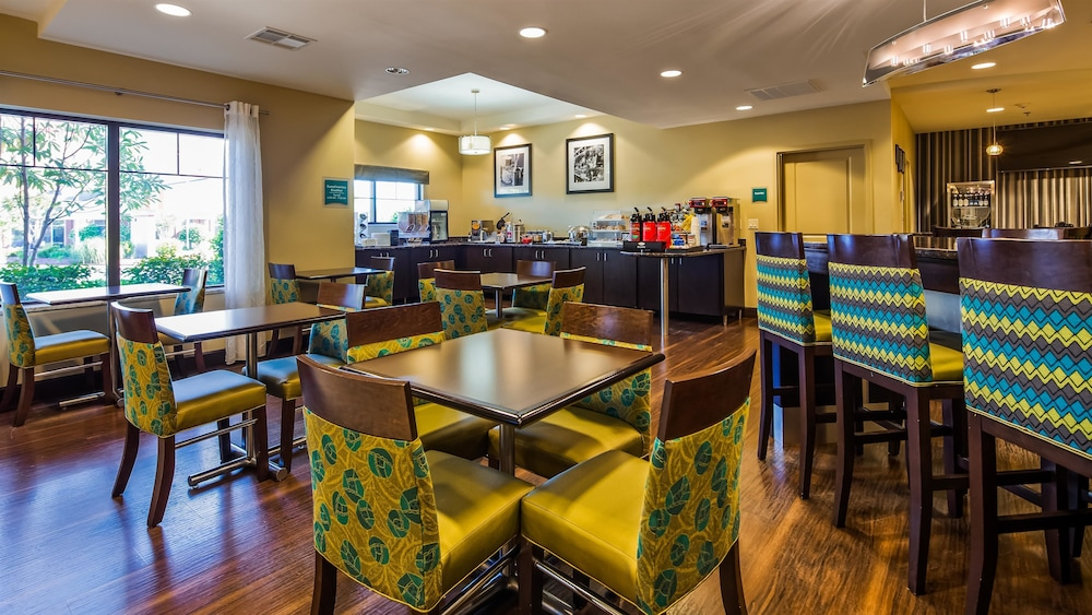 Restaurant, Best Western Premier University Inn
