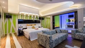 Premium bedding, down comforters, free minibar, free WiFi