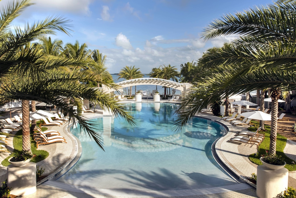 Outdoor Pool, Playa Largo Resort & Spa, Autograph Collection