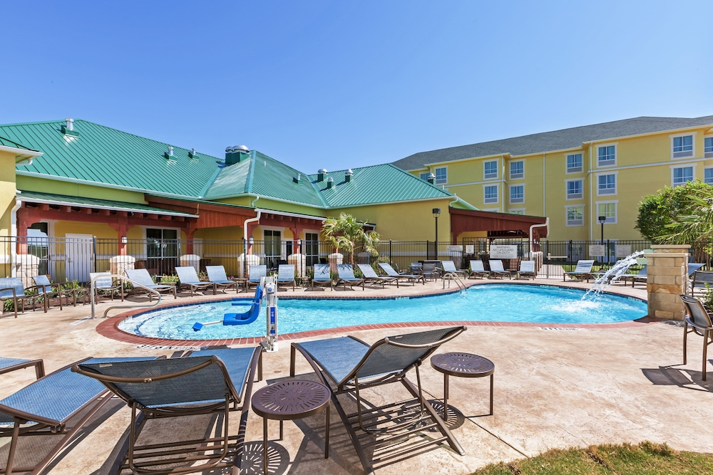 Outdoor Pool, Courtyard by Marriott Abilene Northeast