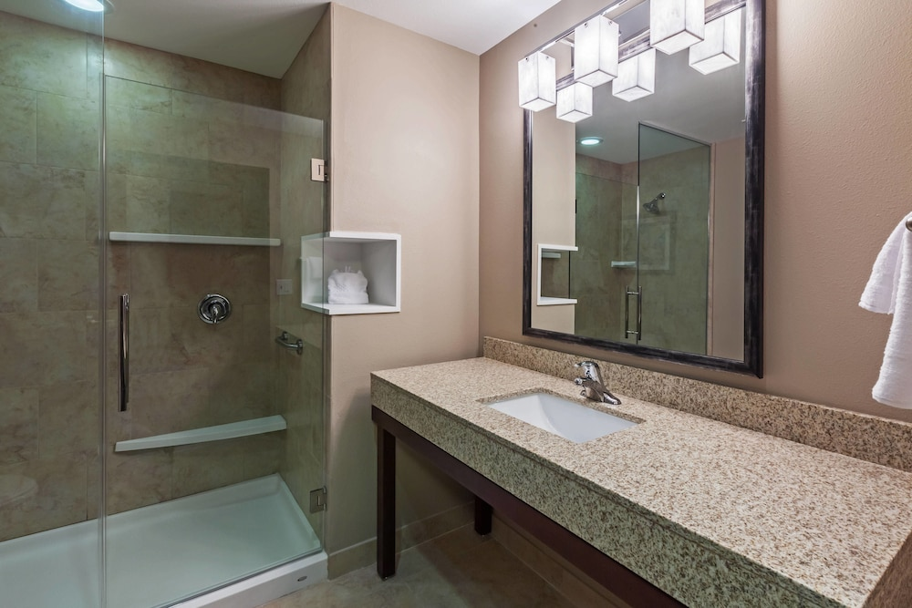 Bathroom, Courtyard by Marriott Abilene Northeast
