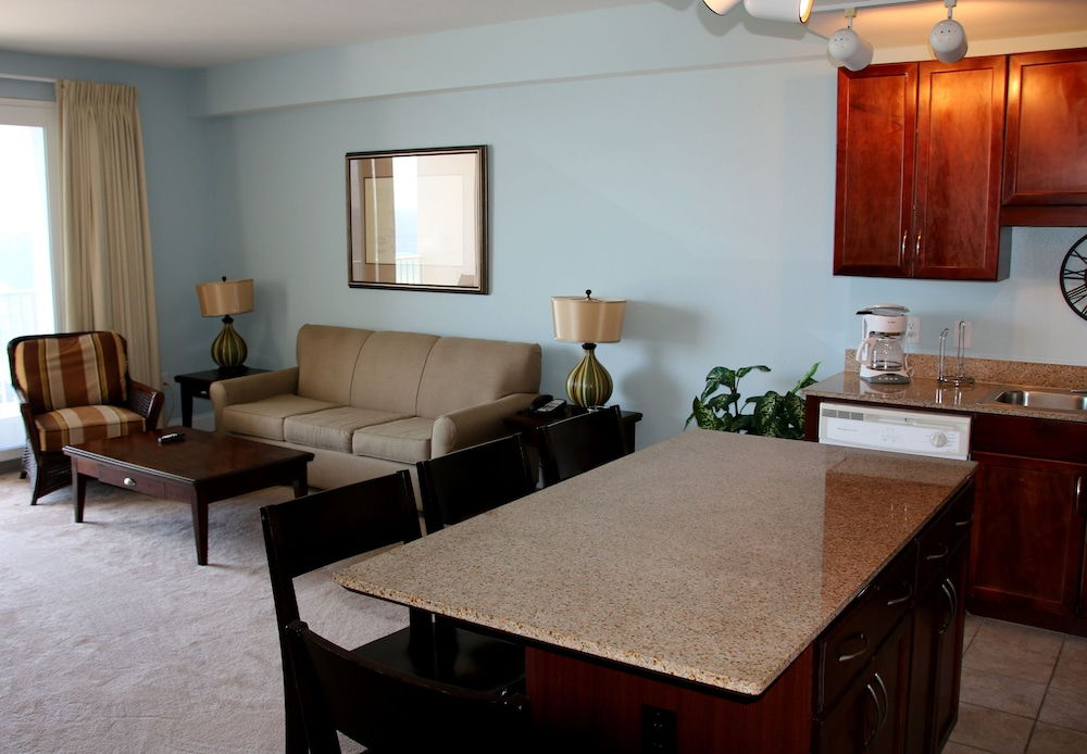 Living Area, Laketown Wharf by Emerald View Resorts