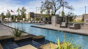 Outdoor pool, free cabanas, pool umbrellas