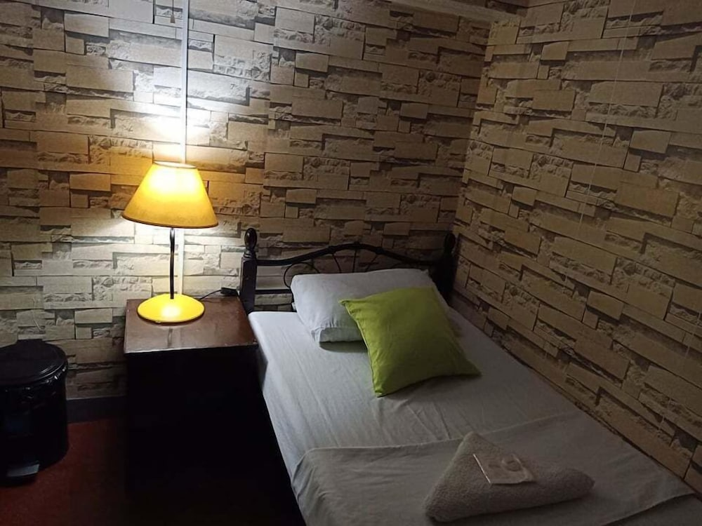 Featured Image, Airport Travelodge Manila - Hostel