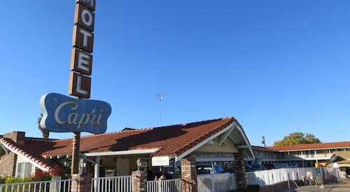 The Capri Motel