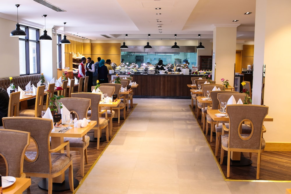 Dining, Ramada by Wyndham Addis Ababa