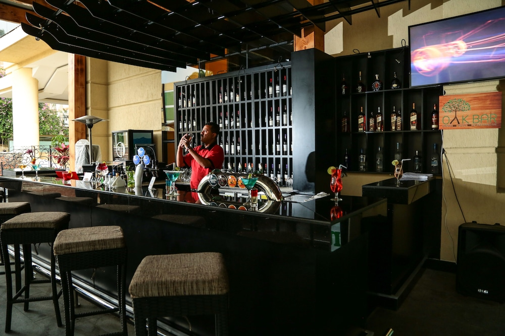Bar, Ramada by Wyndham Addis Ababa