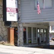 Cougar Land Motel