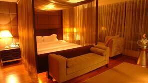 羽絨被、窗簾、摺床/加床 (收費)、免費 Wi-Fi