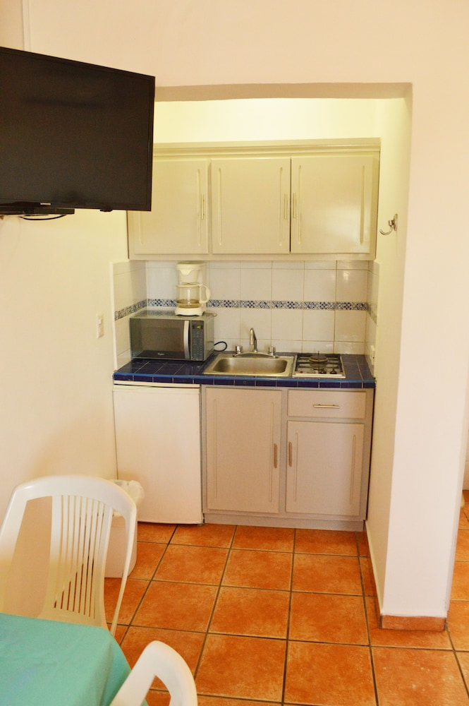 Private Kitchenette, Playa Azul Kino