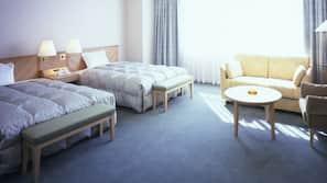 羽絨被、保險箱、設計每間自成一格、家具佈置各有特色