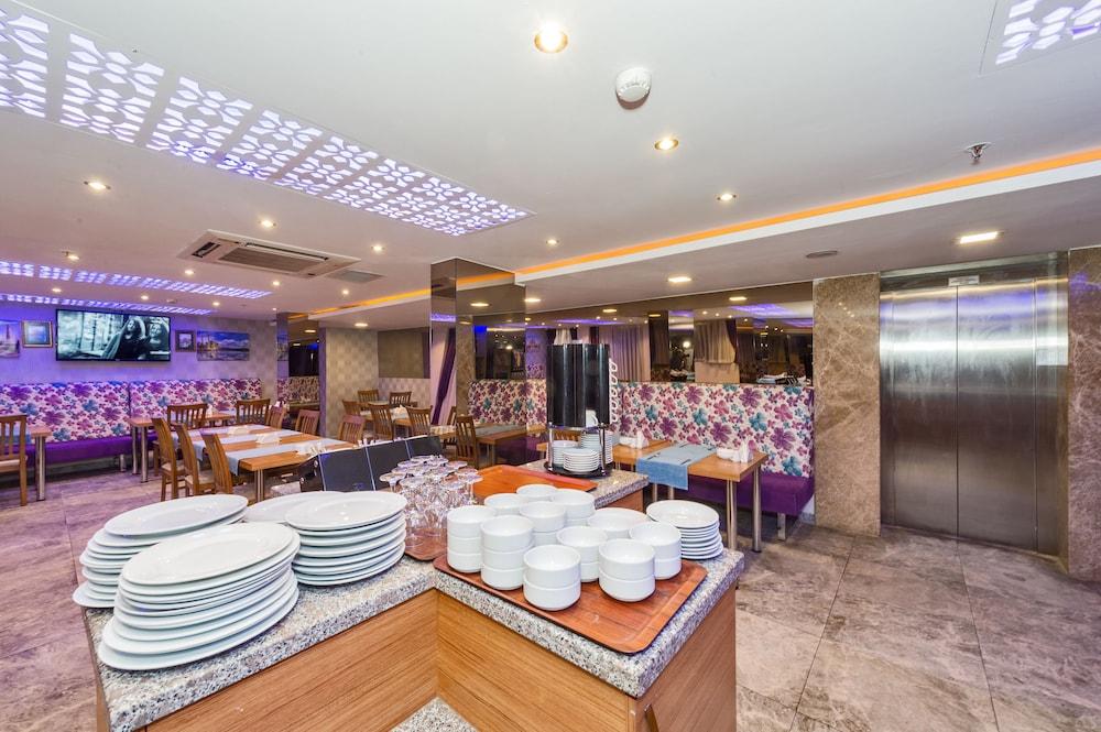 Grand pamir hotel faciliteiten en beoordelingen 2018 for Grand pamir hotel istanbul