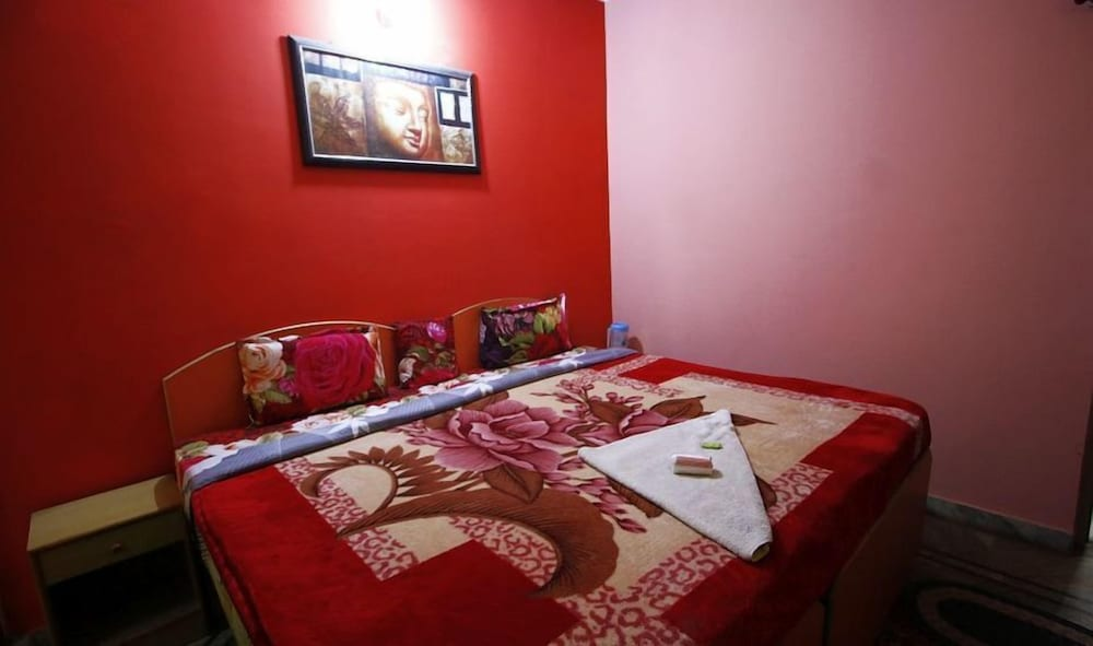 Room, Pyrenees Homestay