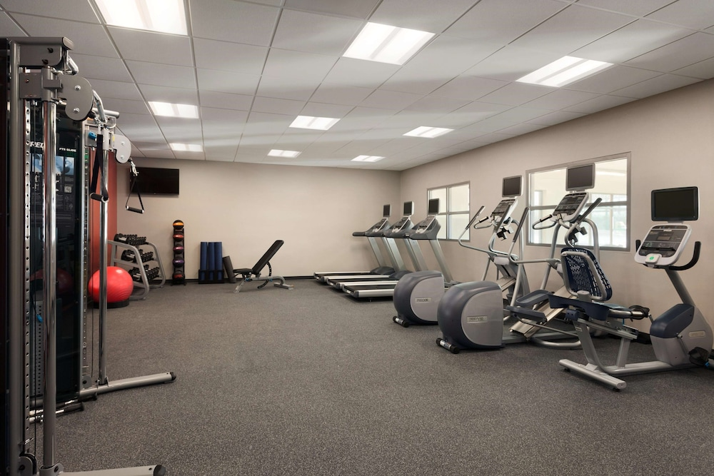 Fitness Facility, Homewood Suites by Hilton Syracuse - Carrier Circle