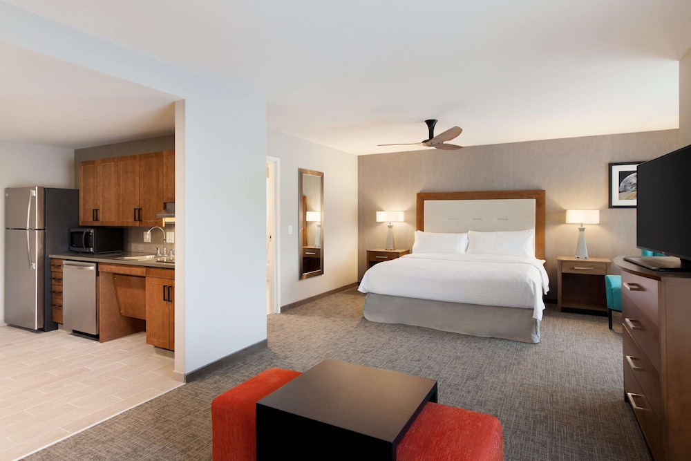 Room, Homewood Suites by Hilton Syracuse - Carrier Circle