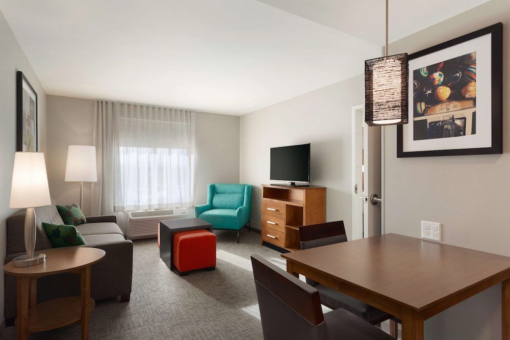 Living Area, Homewood Suites by Hilton Syracuse - Carrier Circle