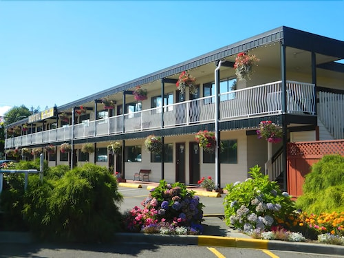 Exterior, Paradise Sea Shell Motel