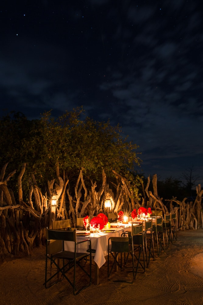 Outdoor Dining, Baobab Ridge Private Lodge