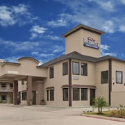 Baymont Inn & Suites Bryan College Station