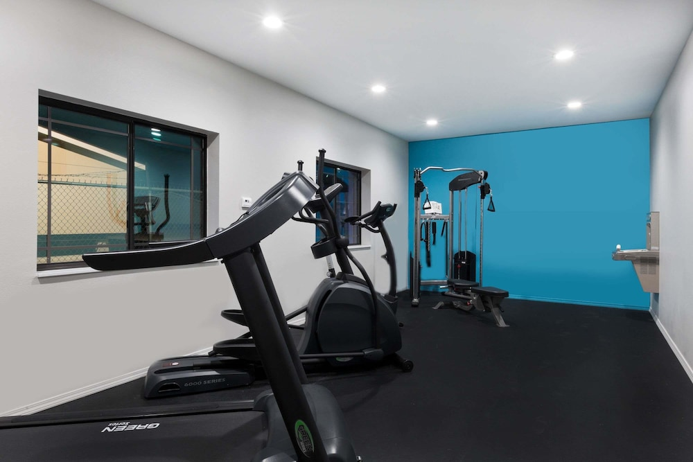 Fitness Facility, Baymont by Wyndham Bryan College Station