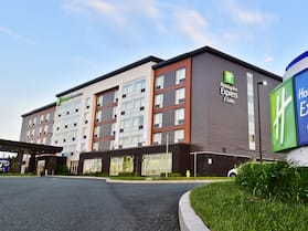 Holiday Inn Express & Suites St John's Airport, an IHG Hotel