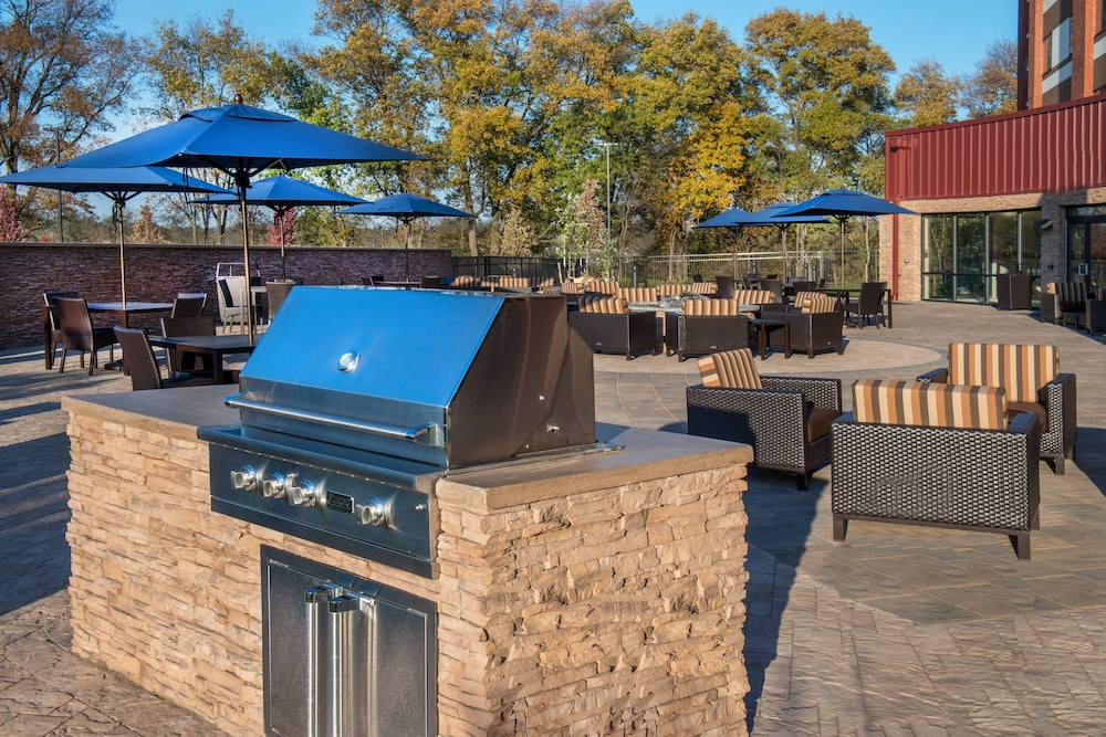 BBQ/Picnic Area, Courtyard by Marriott Shippensburg