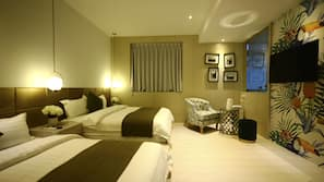 Premium bedding, down duvets, individually furnished, blackout curtains