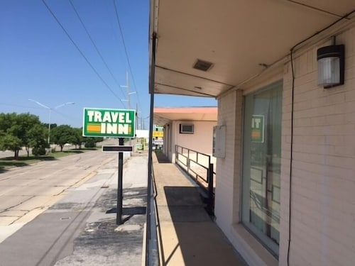 Front of Property, Travel Inn