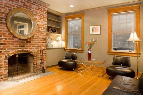 Check Expedia for Availability of Central Townhouse Apartments