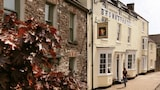 The Browns - Carmarthen Hotels
