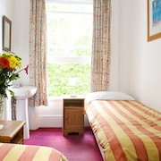 Curzon House Hotel - Hostel