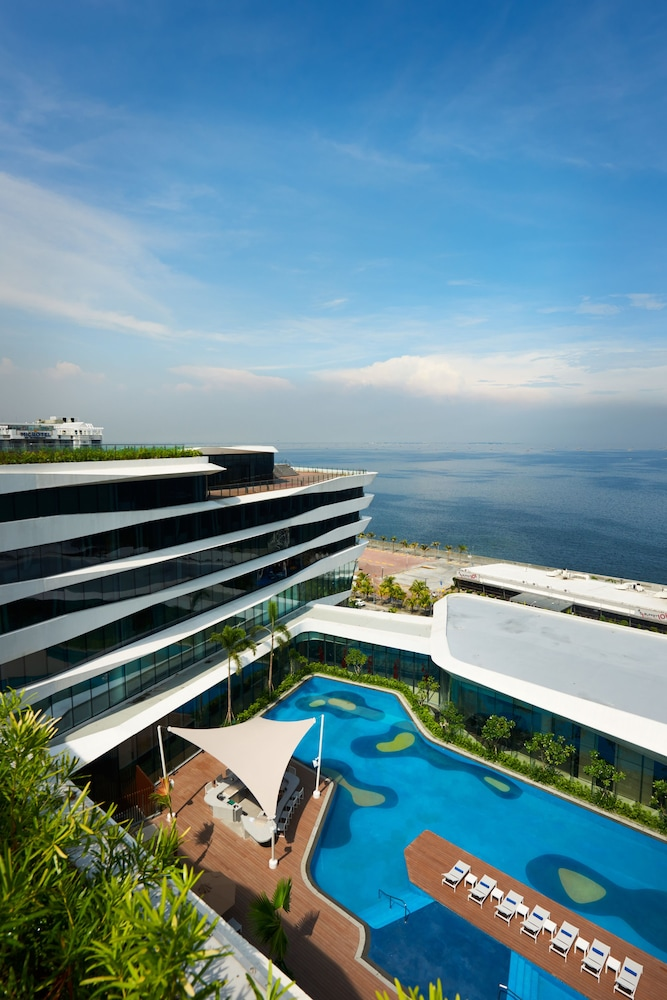 Conrad Manila In Pasay Cheap Hotel Deals Rates Hotel Reviews On Cheaptickets