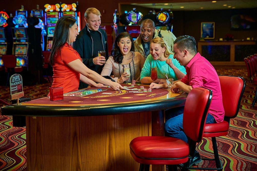 Casino arnaud bernard palmas casino theater