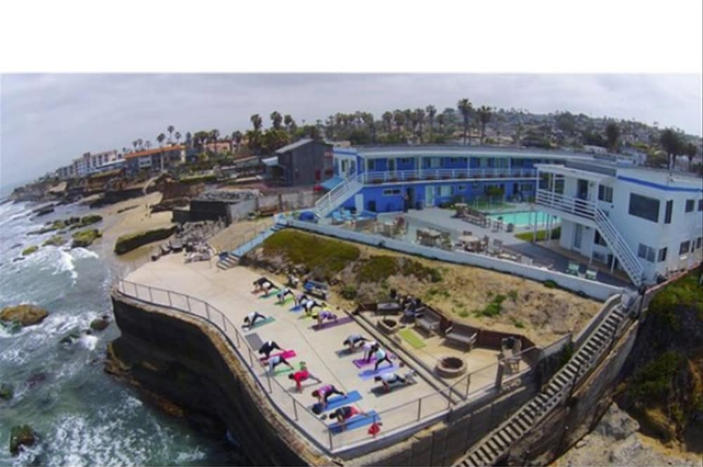 Aerial View, The Inn at Sunset Cliffs