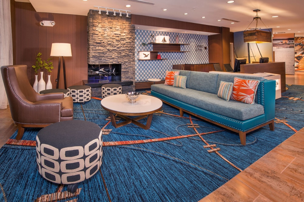 Lobby, Fairfield Inn & Suites by Marriott Easton