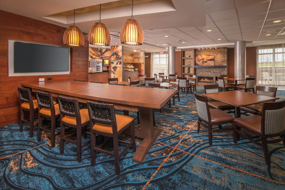 Restaurant, Fairfield Inn & Suites by Marriott Easton
